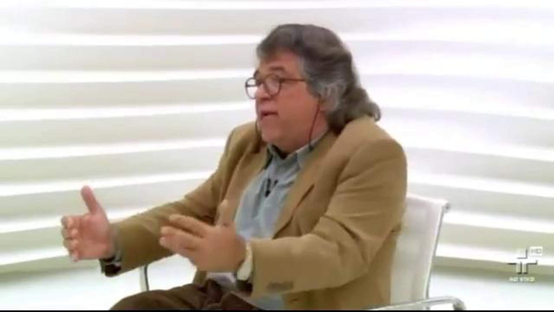 Sociólogo Ricardo Antunes fala sobre relações de trabalho no Roda Viva
